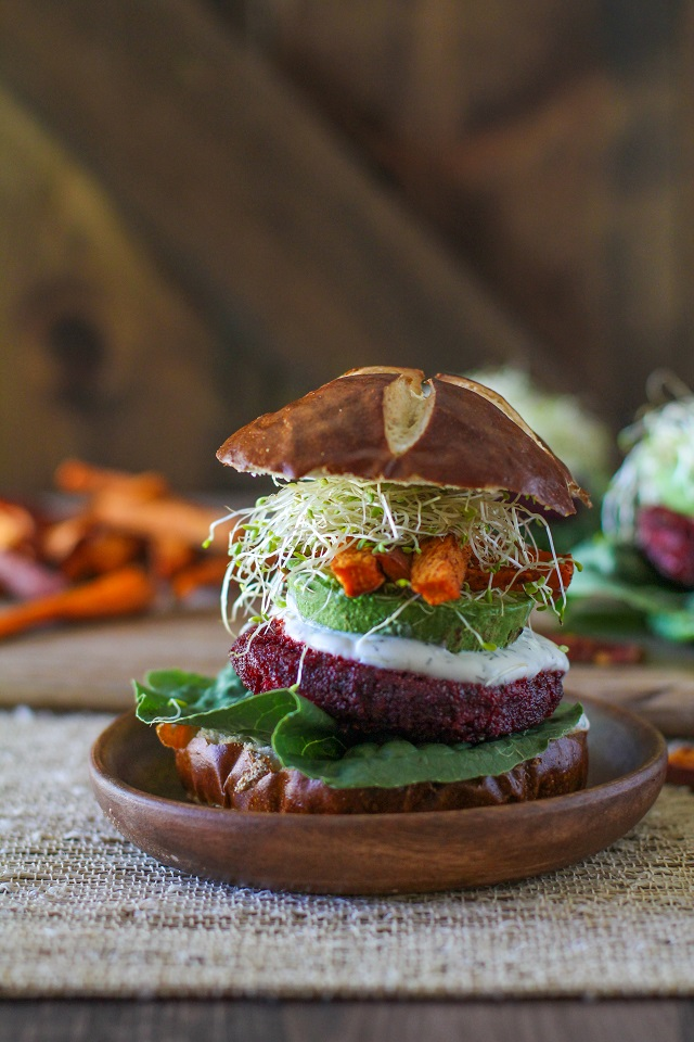 moroccan_spiced_Beet_burgers_with_herbed_goat_cheese_2
