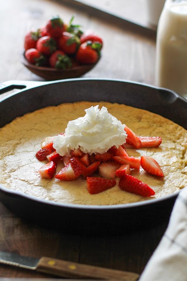 Grain-Free Dutch Baby Pancake made with almond flour and macadamia nut milk | TheRoastedRoot.net #recipe #breakfast #brunch #paleo