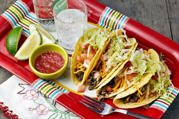 Slow Cooker Lentil Quinoa Tacos + 26 Recipes for a Vegetarian Cinco de Mayo