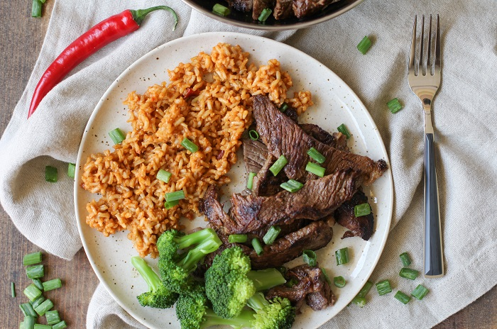 Korean Bulgogi and Rice Bowls with broccoli and kimchi | TheRoastedRoot.net #healthy #dinner #recipe