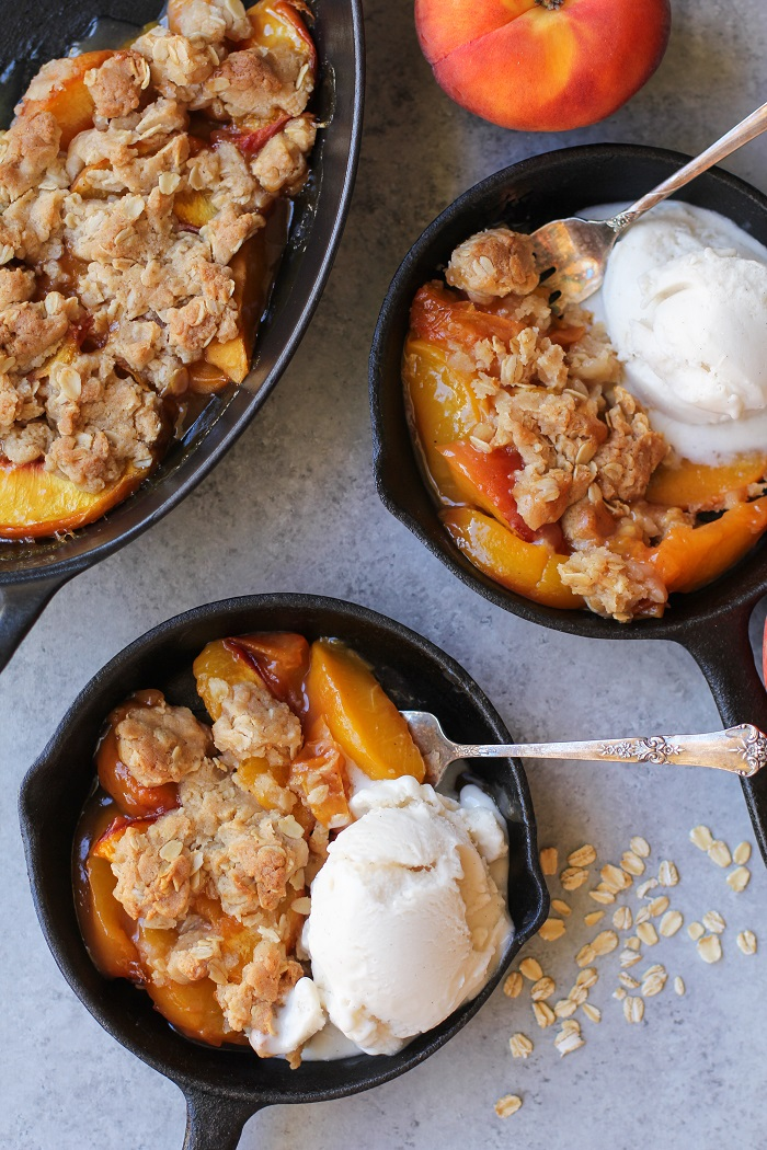 Gluten-Free Vegan Peach Crisp made with @bobsredmill gluten-free 1:1 baking flour and pure maple syrup | TheRoastedRoot.net #healthy #dessert #recipe #breakfast #summer