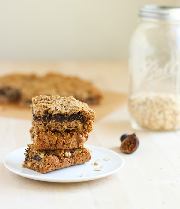 Oatmeal Fig Newton Bars - a healthy gluten-free dessert recipe