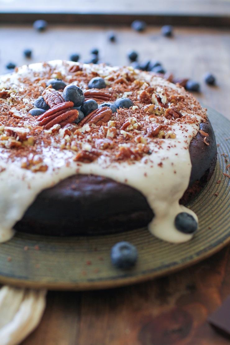 Flourless Chocolate Cake (Paleo) - The Roasted Root