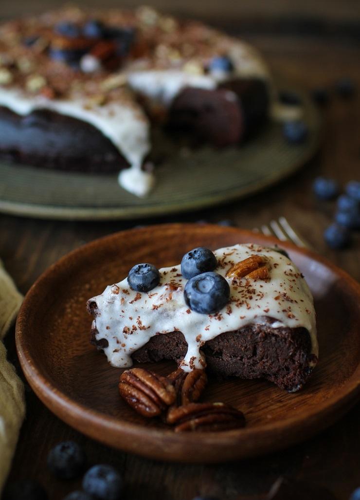 Flourless Chocolate Cake - dairy-free, refuned sugar-free and paleo | TheRoastedRoot.net #valentinesday #dessert #healthy