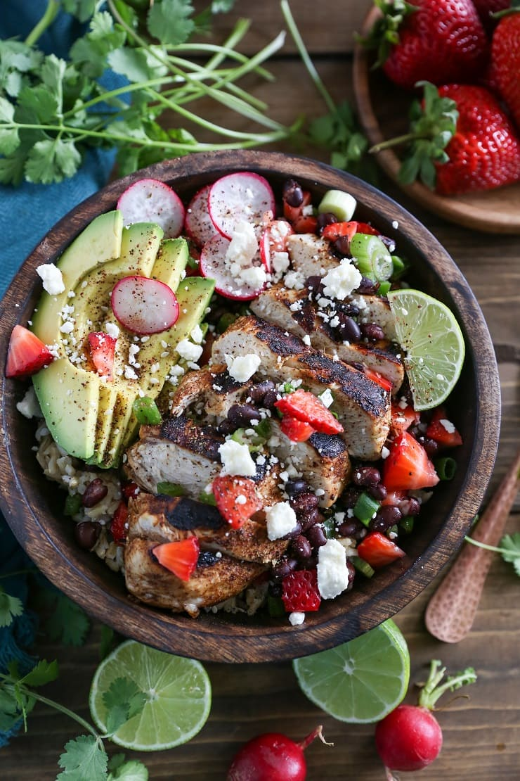 Balsamic Grilled Chicken with Strawberry Black Bean Salsa for a healthy weeknight meal