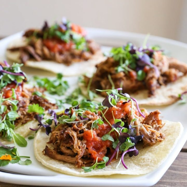 Crock Pot Barbacoa Beef Tacos made with only 4 ingredients! 5 minutes of prep is all it takes for this delicious recipe