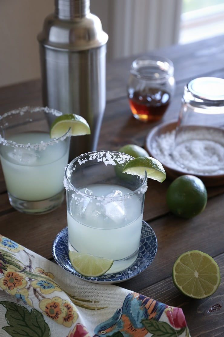 Margaritas sweetened naturally - this refined sugar-free cocktail recipe only requires 3 ingredients!