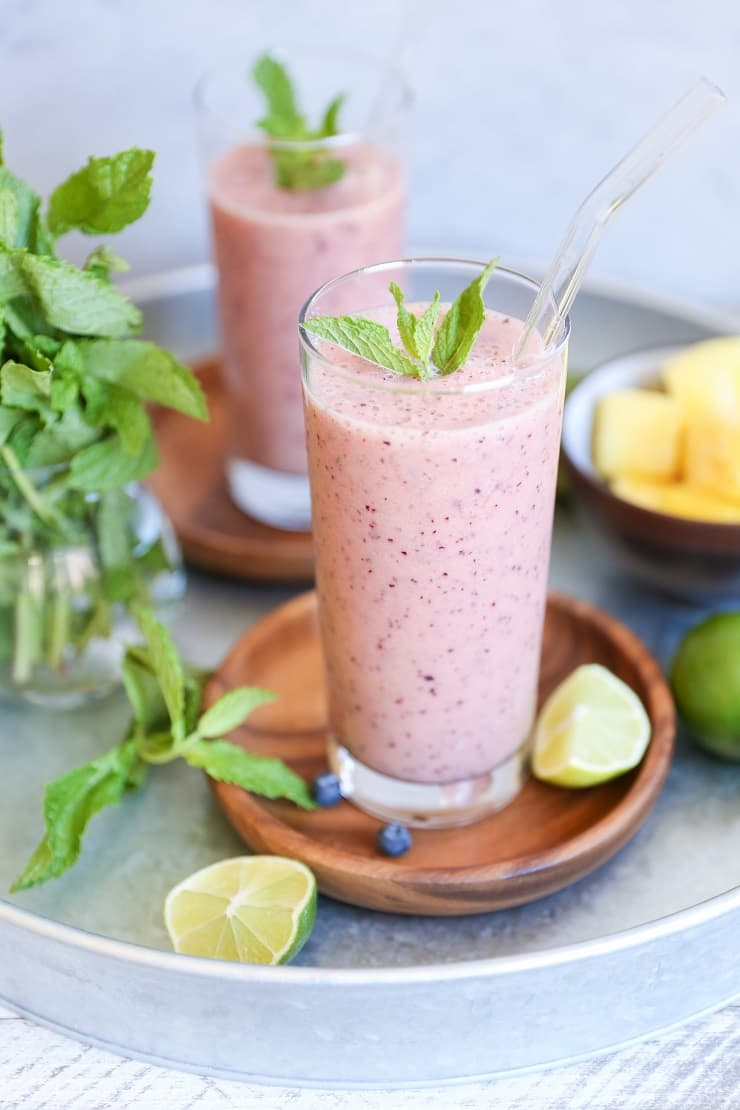 Blueberry Mint Pineapple Smoothie - an immunity-boosting, rejuvenating smoothie recipe, packed with vitamins and antioxidants