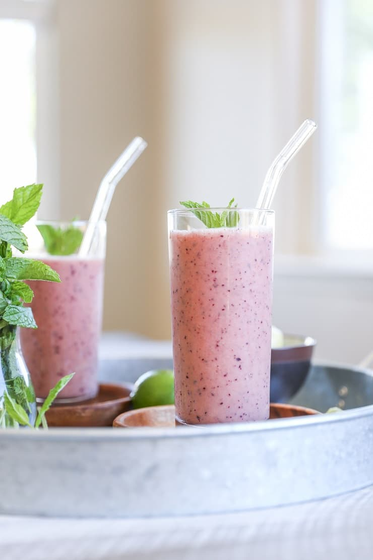 Blueberry Mint Pineapple Smoothie - an immunity-boosting, rejuvenating smoothie recipe that promotes good digestion and is packed with vitamins and antioxidants