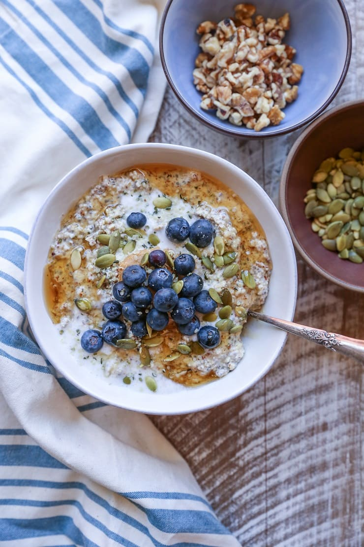 Nut and Seed Overnight N'Oatmeal - an oat-free paleo friendly (and vegan!) breakfast porridge