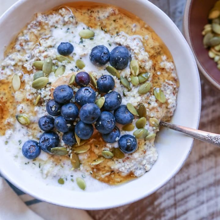 Nut and Seed Overnight N'Oatmeal - an oat-free paleo friendly (and vegan!) breakfast porridge