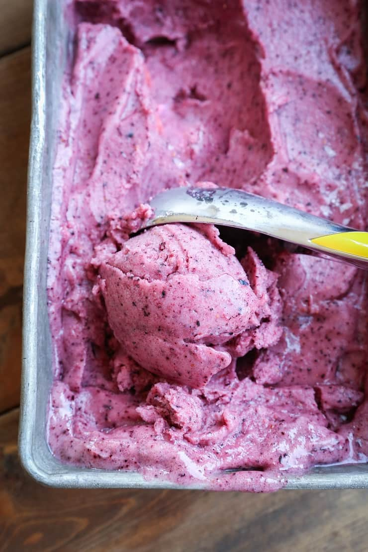 Berry Nice Cream - Dairy-free, refined sugar-free, paleo, and vegan ice cream made using fresh berries and banana!