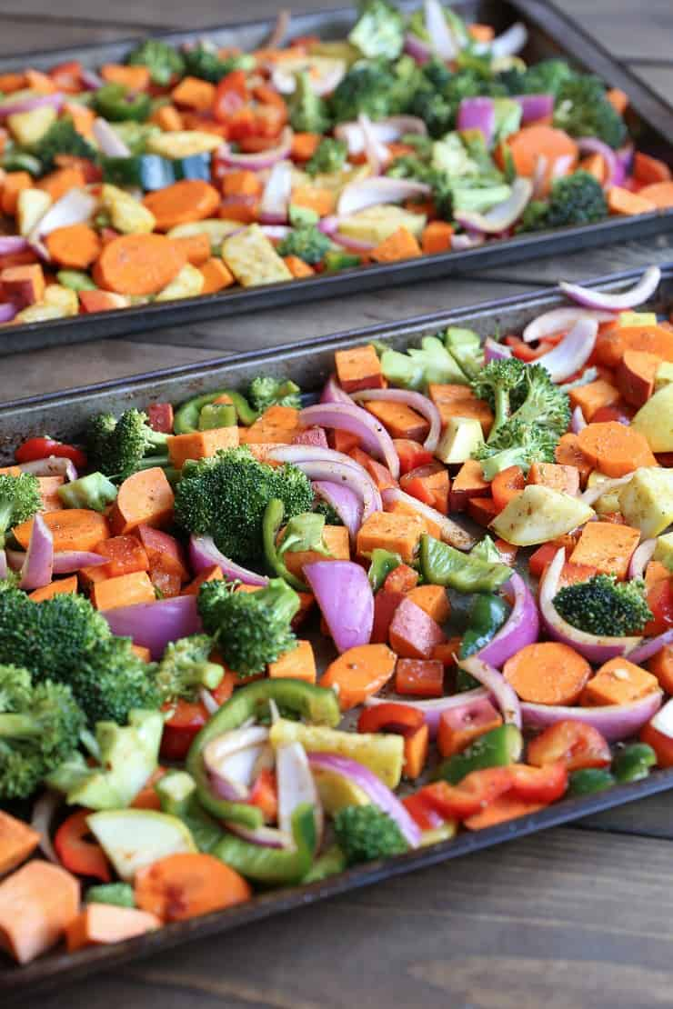 Roasted Vegetables - a basic recipe with lots of room for adaptations! This vegan and vegetarian side dish is perfect for serving a large group of people