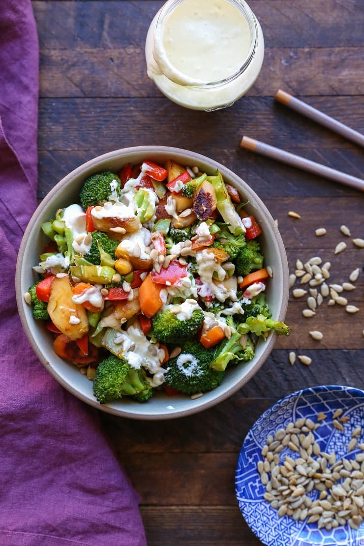 Low-FODMAP Veggie Stir Fry with wasabi-ginger sauce - a healthy vegan and paleo dinner recipe