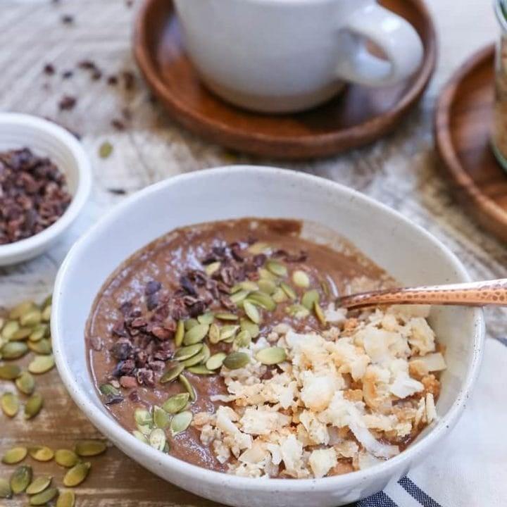 Cauliflower Mocha Smoothie Bowl (vegan) - this nutritious breakfast recipe tastes like dessert, but packs in a secret vegetable!