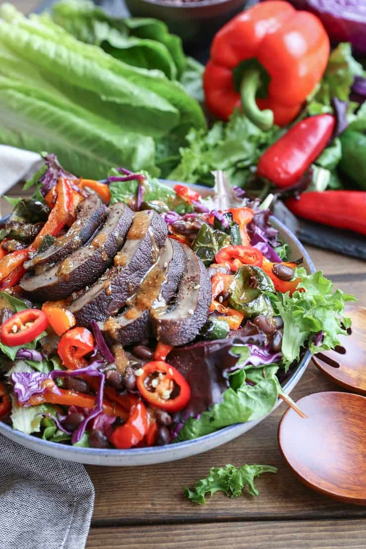 Grilled Portobello Mushroom and Bell Pepper Salad with Black Beans - a healthy vegetarian meal that's easy to whip up any night of the week!