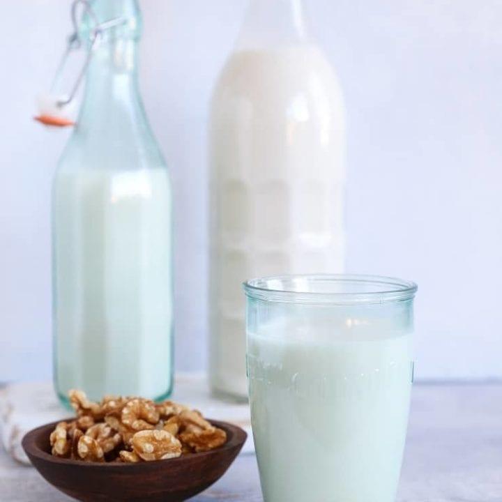 How to Make Walnut Milk (or almond milk, cashew milk, etc). An easy tutorial with photos