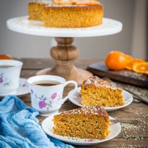 Paleo Clementine Cake - 5-ingredient grain-free, refined sugar-free dairy-free cake recipe. This straight-forward recipe is super easy to prepare!