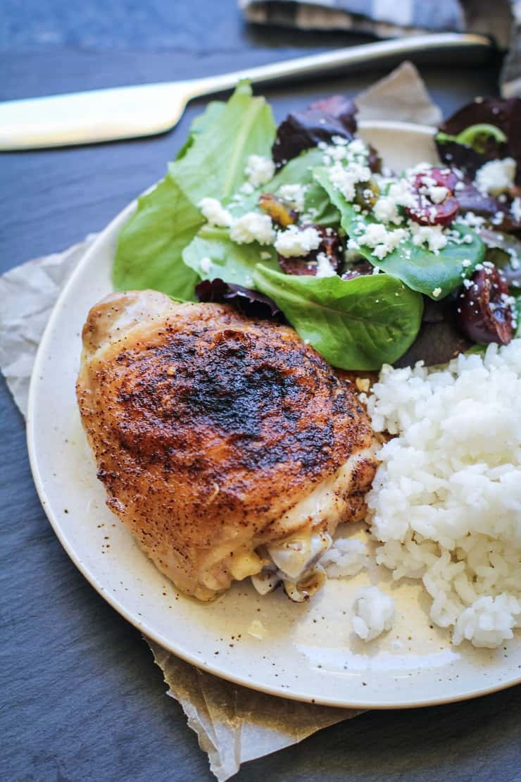 Easy Baked Chicken Thighs - a quick and easy recipe that yields perfectly delicious chicken each and every time