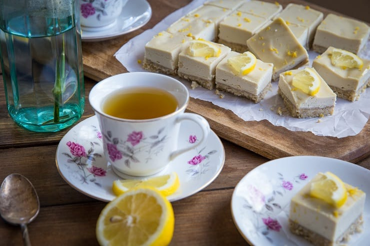 No Bake Paleo Lemon Bars made with cashews and pure maple syrup