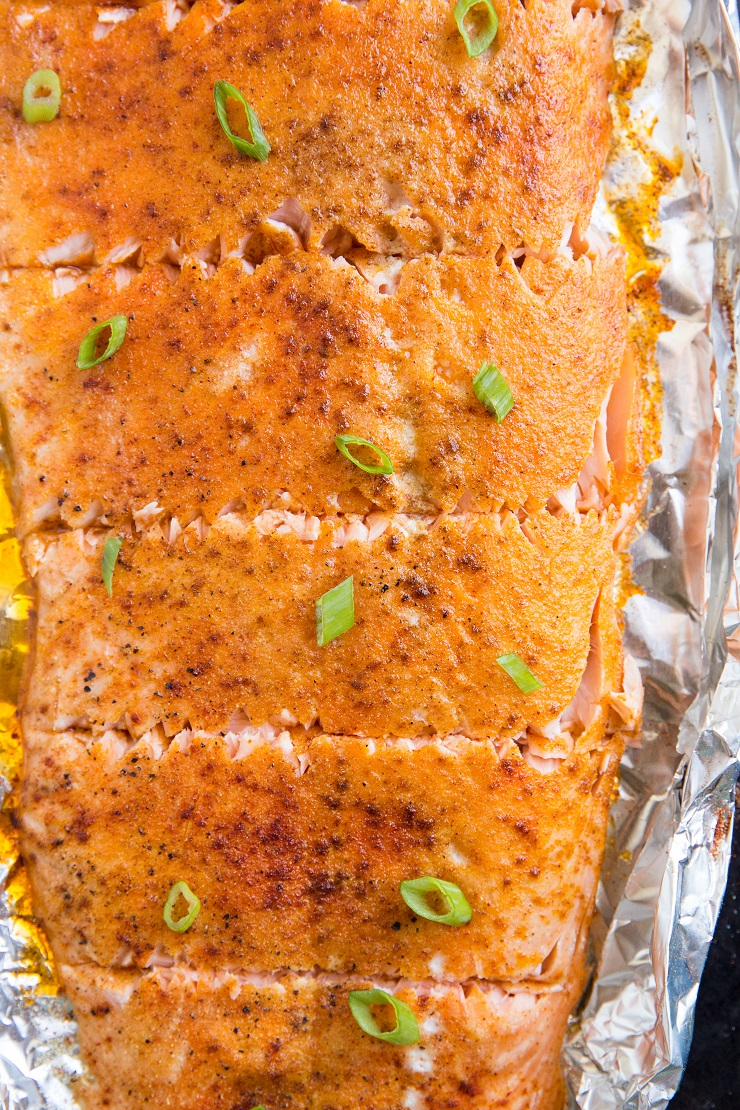How to Grill Salmon in Foil - an easy recipe that results in mouth-watering salmon every time! Keto, Paleo, Whole30 - a healthy summer meal!