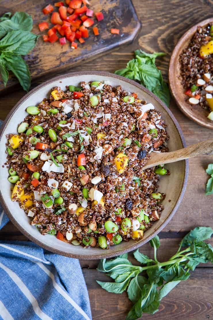 Mango Edamame Quinoa Salad - a nutritious side dish perfect for sharing with friends and family #vegan #paleo | TheRoastedRoot.net