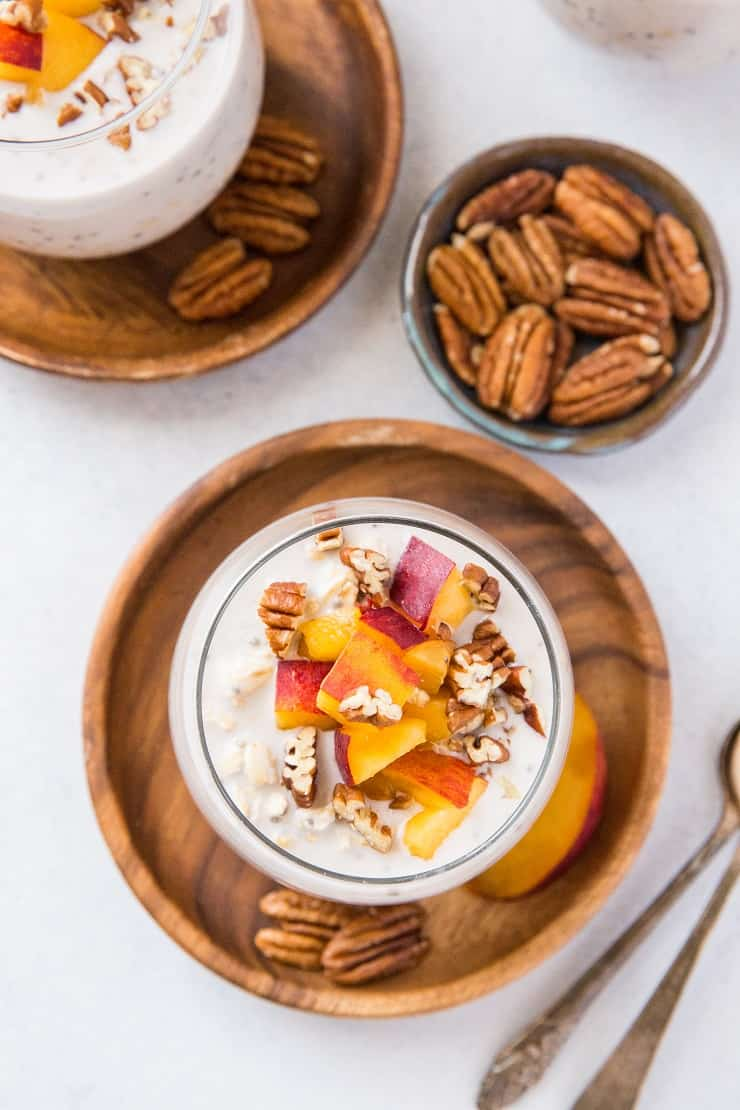 Peaches and Cream Overnight Oats - breakfast made easy! This grab-and-go breakfast recipe is healthy, vegan, and gluten-free!