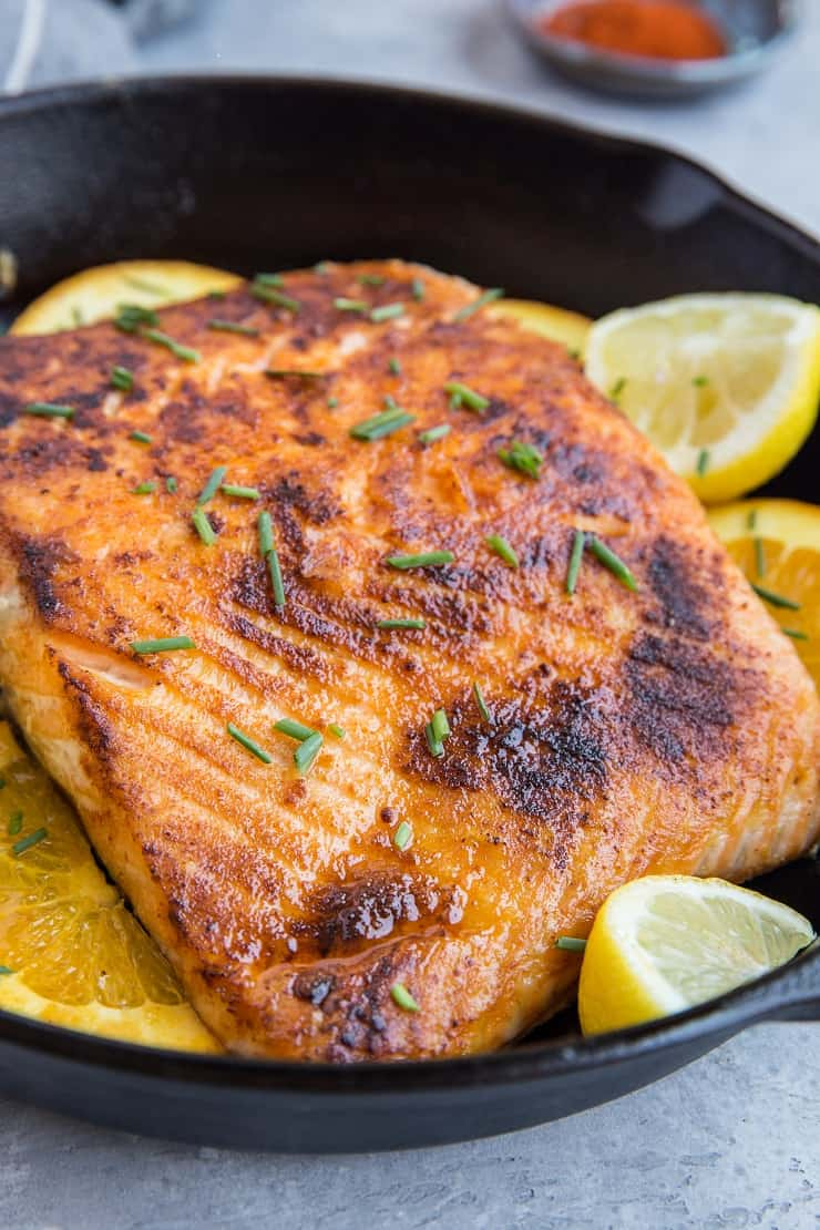Low-Carb Keto Lemon Salmon with butter and orange - this easy healthy dinner recipe is mouth-wateringly delicious AND easy to make!