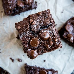 Paleo Vegan Fudge Brownies (with a Keto option) - grain-free, refined sugar-free, dairy-free, egg-free, and insanely rich and delicious