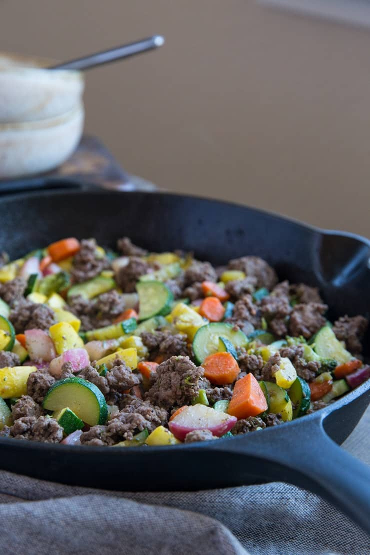 30-Minute Vegetable and Ground Beef Skillet - 8 ingredients make this nutritious meal a reality. This recipe is paleo, low-carb, low-FODMAP, keto, whole30, and crazy tasty! | TheRoastedRoot.net