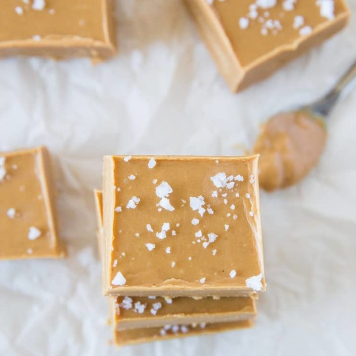 3-Ingredient Low-Carb Peanut Butter Fudge - a super simple fudge recipe with no added sugar for a healthier dessert | TheRoastedRoot.com