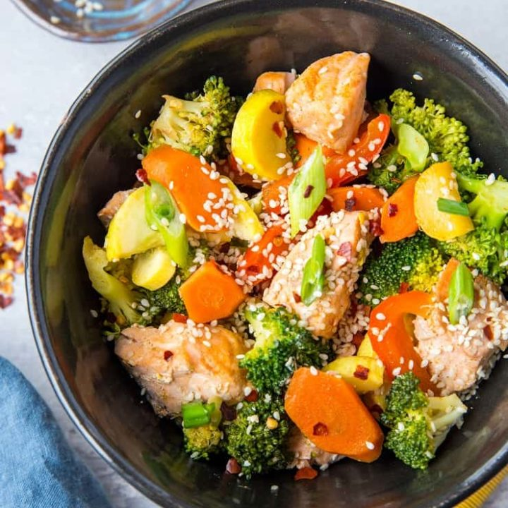 Salmon Stir Fry with Vegetables - an easy paleo, keto, whole30 dinner recipe that only requires 30 minutes to make! | TheRoastedRoot.net #glutenfree