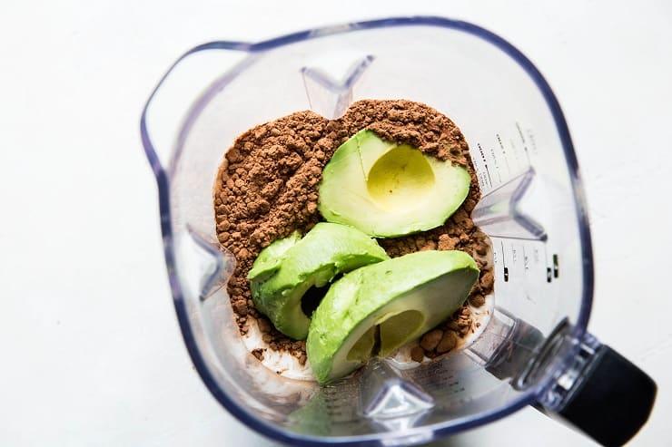 How to Make Keto Chocolate Ice Cream with avocados