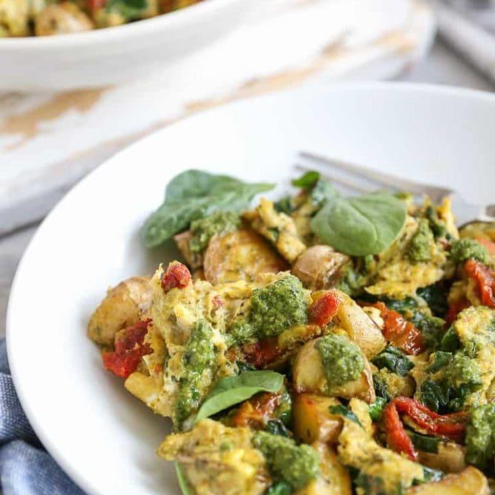 Pesto Spinach Sun-Dried Tomato Breakfast Scramble - a nutritious vegetarian breakfast recipe
