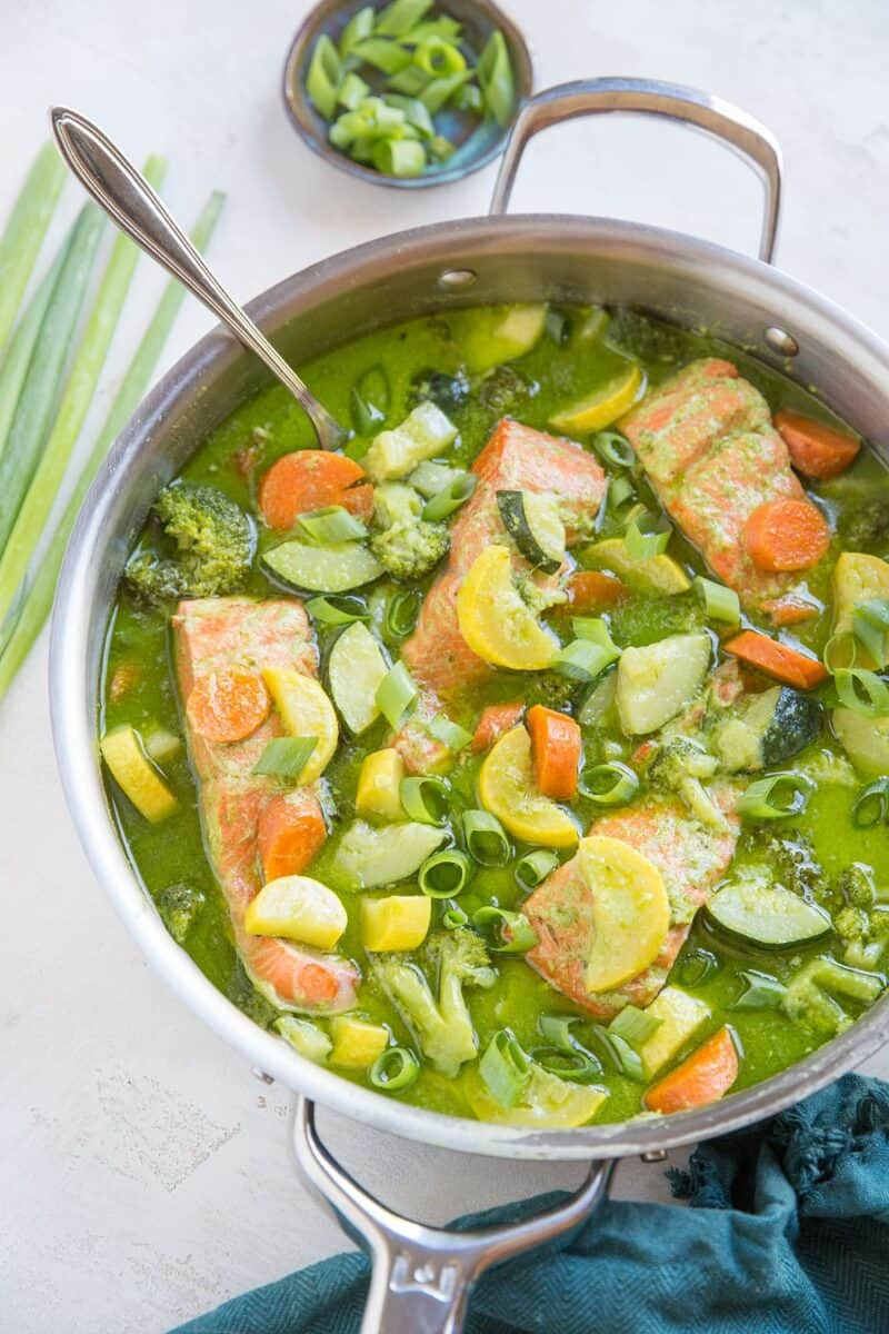 AIP Green Curry made nightshade-free. Thai green curry with salmon and vegetables - Low-FODMAP, healthy, easy to make!