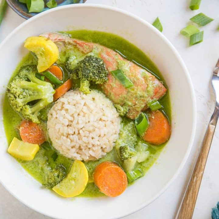AIP Green Curry with Salmon and Vegetables - a nightshade-free, Low-FODMAP green curry recipe