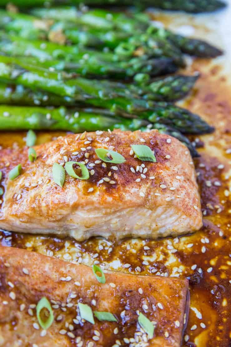 Paleo Asian Baked Salmon with Asparagus - a healthy dinner recipe