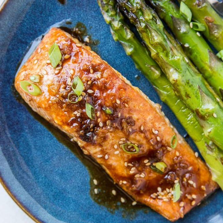 Paleo Asian Baked Salmon and Asparagus