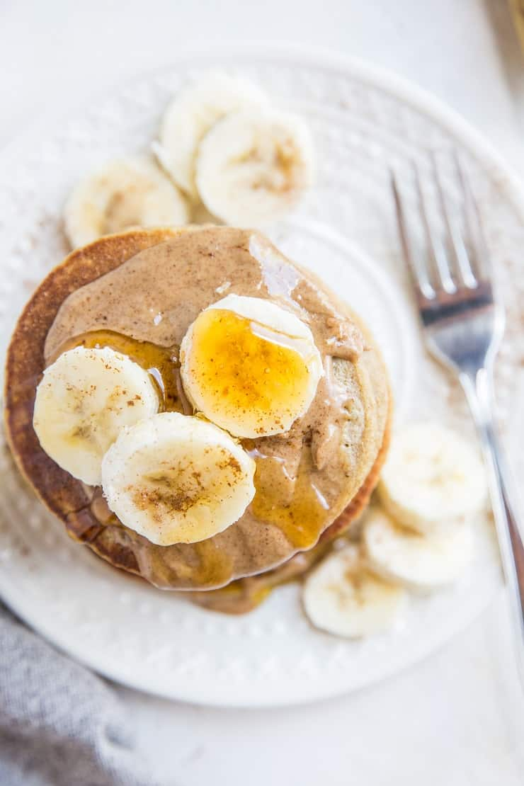Healthy 6-Ingredient Gluten-Free Oatmeal Banana Pancakes made with quick oats. Flourless, dairy-free, gluten-free, fluffy and delicious