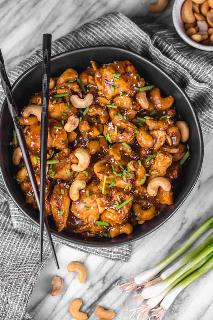 Instant Pot Cashew Chicken from Whole Kitchen Sink - This instant pot cashew chicken tastes like the familiar Chinese takeout we all love, but in a better-for-you, Whole30, Paleo, gluten-free version that only takes 30 minutes.