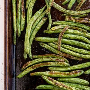 How to Roast Green Beans - an easy green beans recipe for baking in the oven