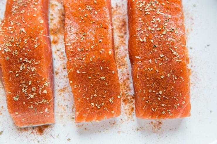How to make baked maple glazed salmon