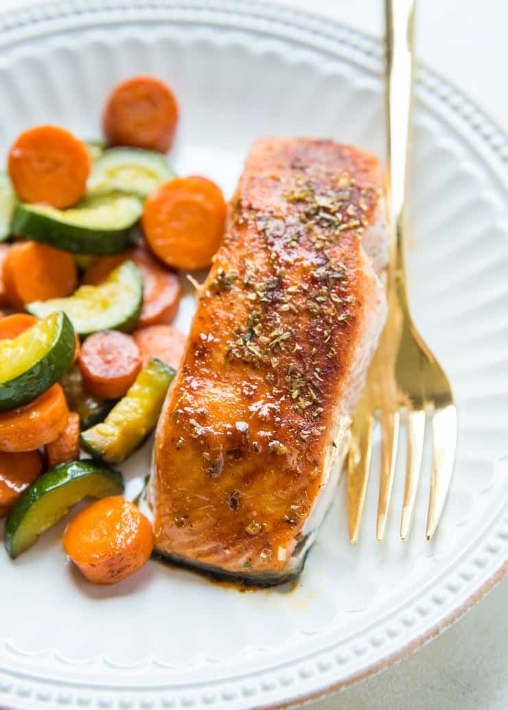 Maple-Glazed Salmon made in less than 30 minutes with just a few ingredients. An easy healthy dinner recipe