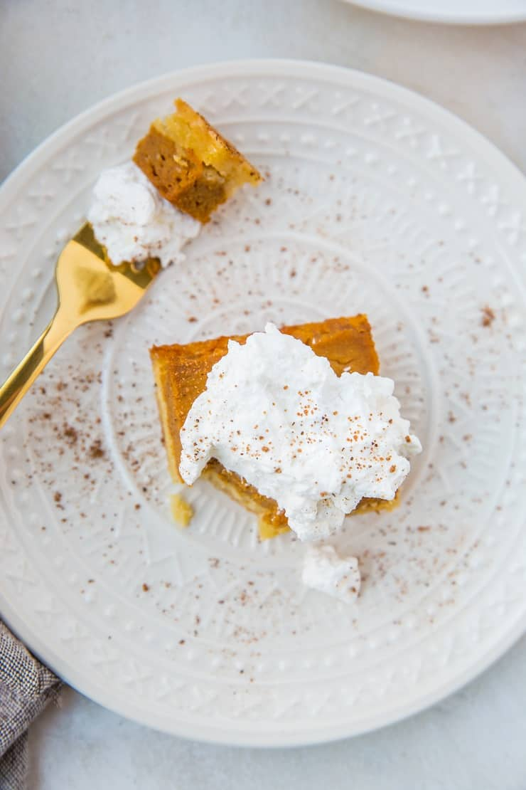 Paleo Pumpkin Pie Bars - grain-free, dairy-free, sweetened with pure maple syrup. No pie pan? No problem!