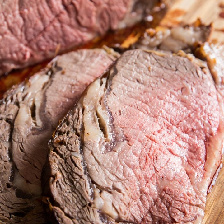 How to Roast Prime Rib in the oven - everything you need to know for the best prime rib