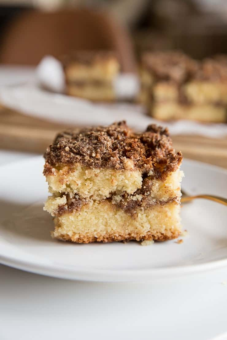 Keto Coffee Cake Recipe - low-carb coffee cake made with almond flour and coconut flour