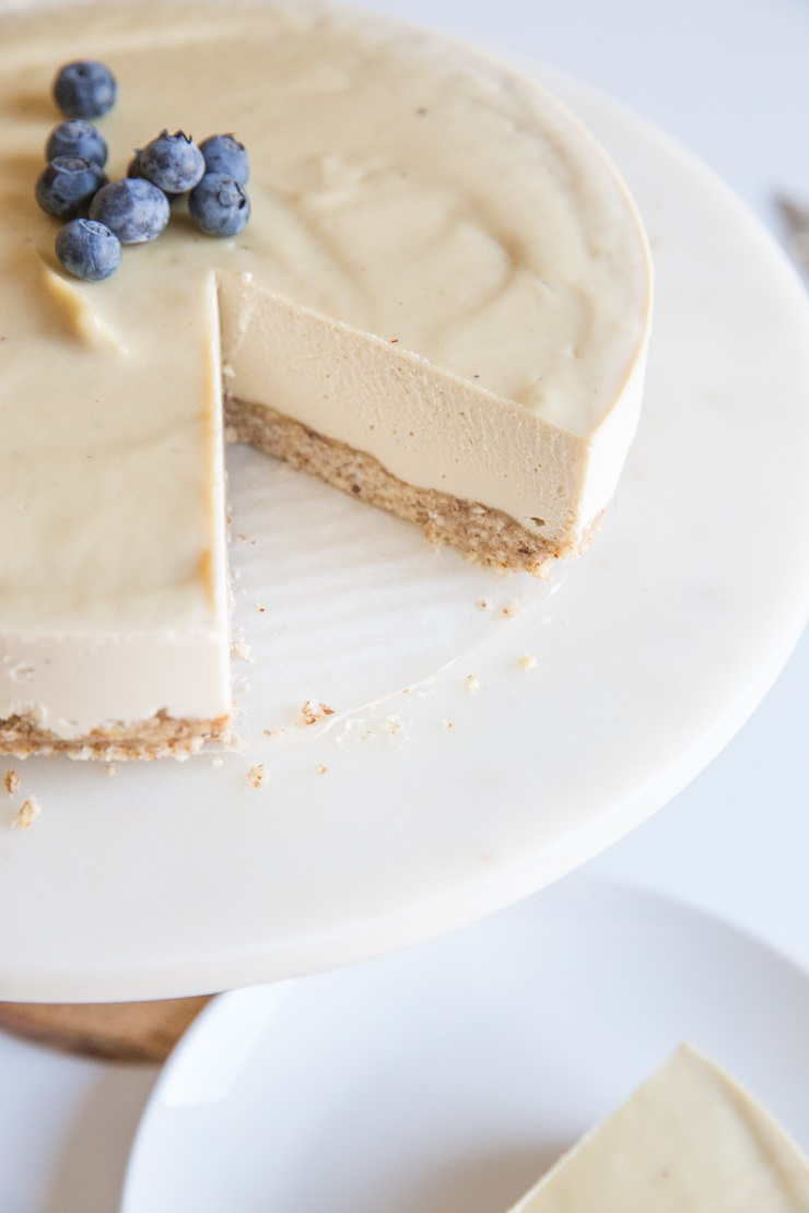 Low-Carb Cheesecake recipe made dairy-free and keto