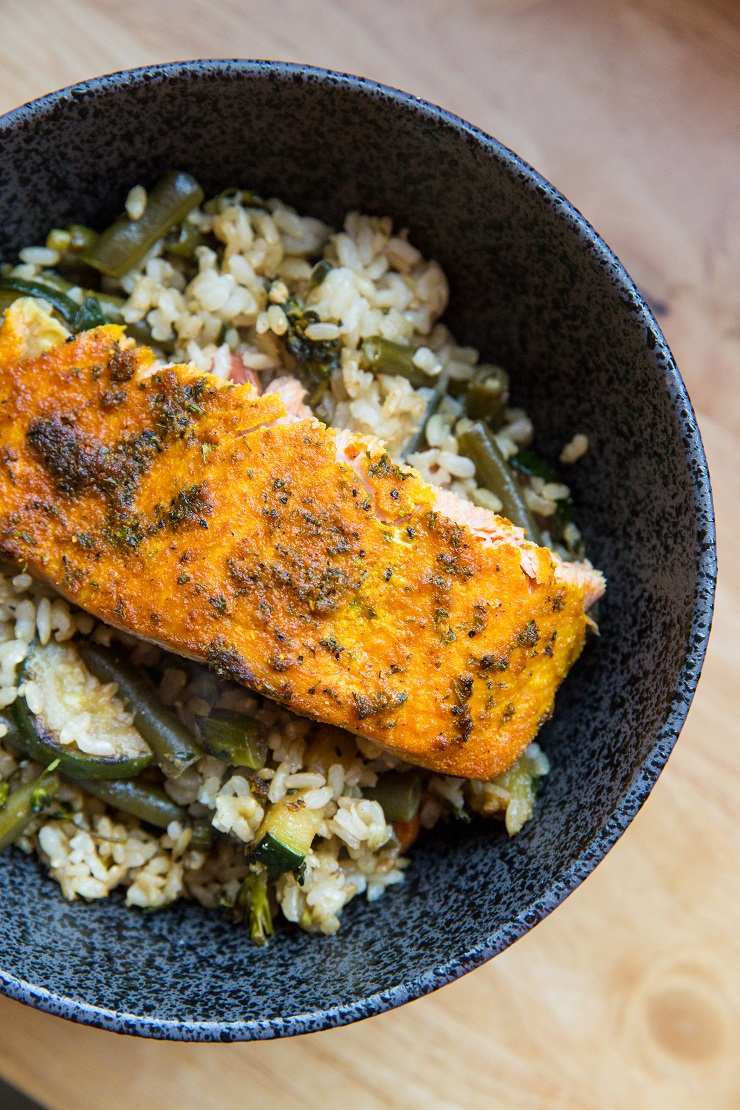 Turmeric Baked Salmon with vegetables and rice