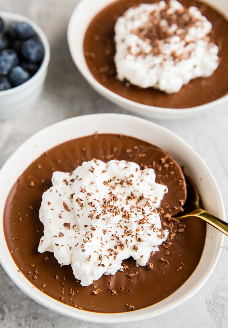 3-Ingredient Keto Pots de Crème - a quick and easy no-bake chocolate dessert recipe that is dairy-free, sugar-free and low-carb