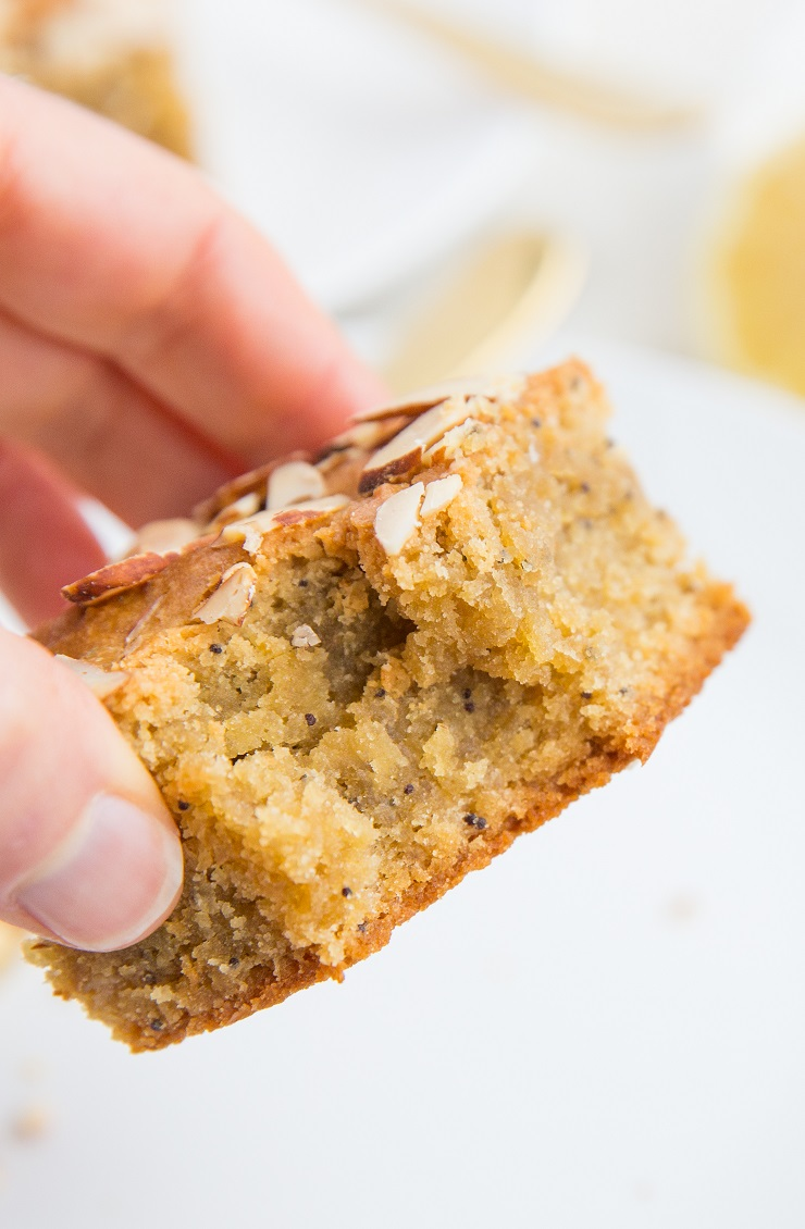 Paleo Lemon Poppy Seed Blondies made with almond flour and pure maple syrup - a healthy blondie recipe
